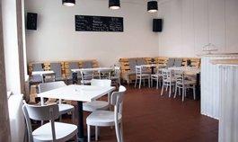 Kavárna Druhej Břeh